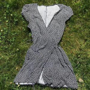 BRANDY MELVILLE MINI FLORAL DRESS
